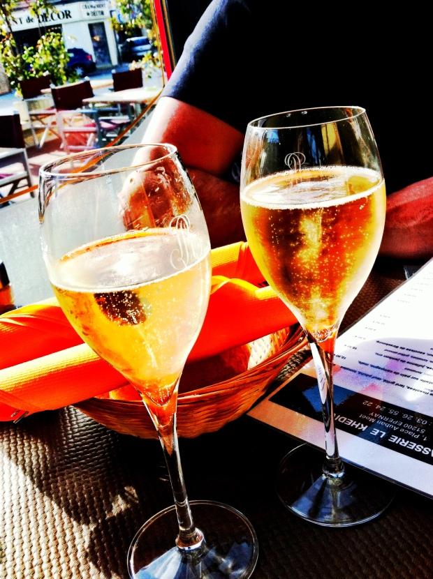 Sun & Champagne. Por fin.