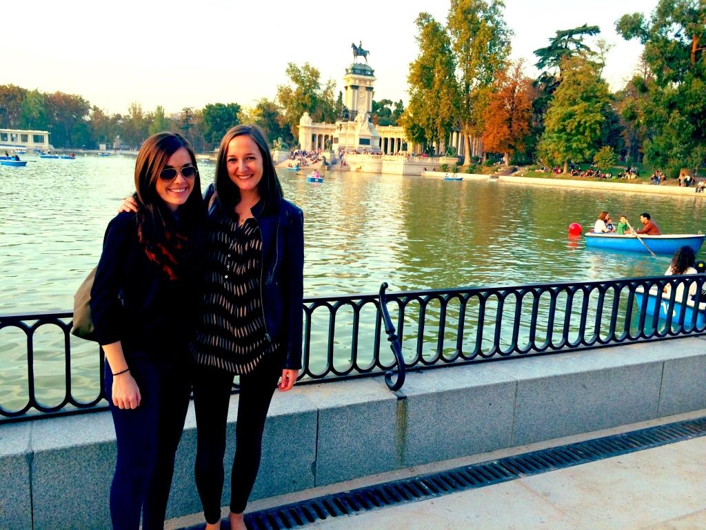 Retiro Park set to the colors of autumn
