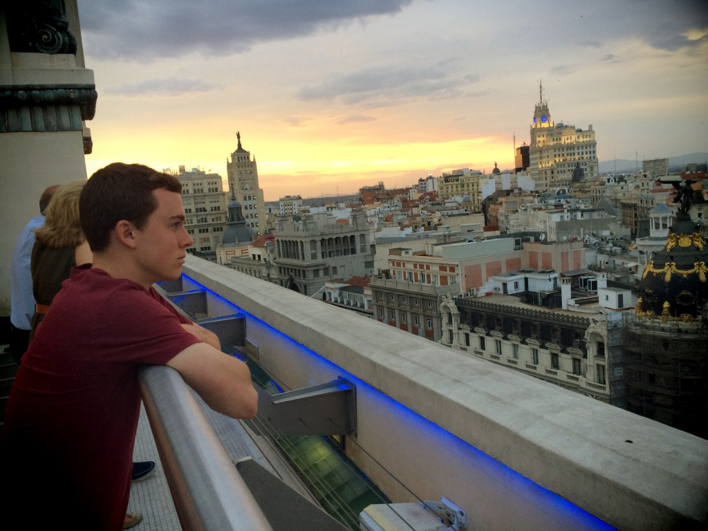 Sunset view of Madrid at the top of Círculo de Bellas Artes
