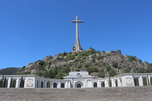 Daytrip to Valle de los Caídos, church built in the mountain and memorial to the fallen in the Civil War